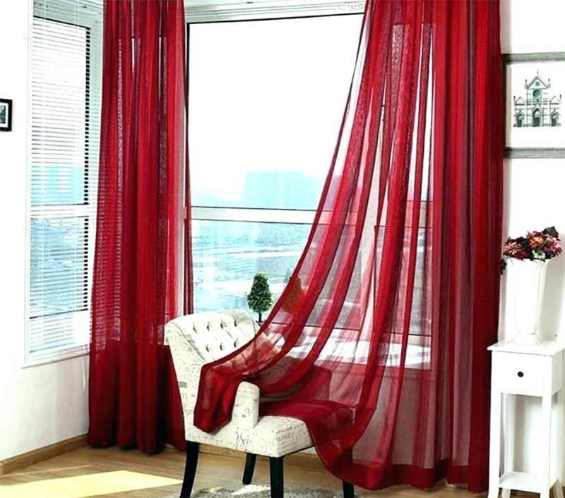 Rèm vải voan màu đỏ đô