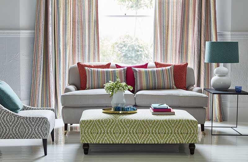 Rèm vải sọc phòng khách