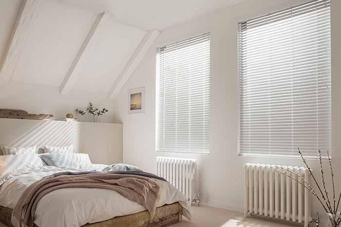 Rèm gỗ phòng ngủ chống sáng