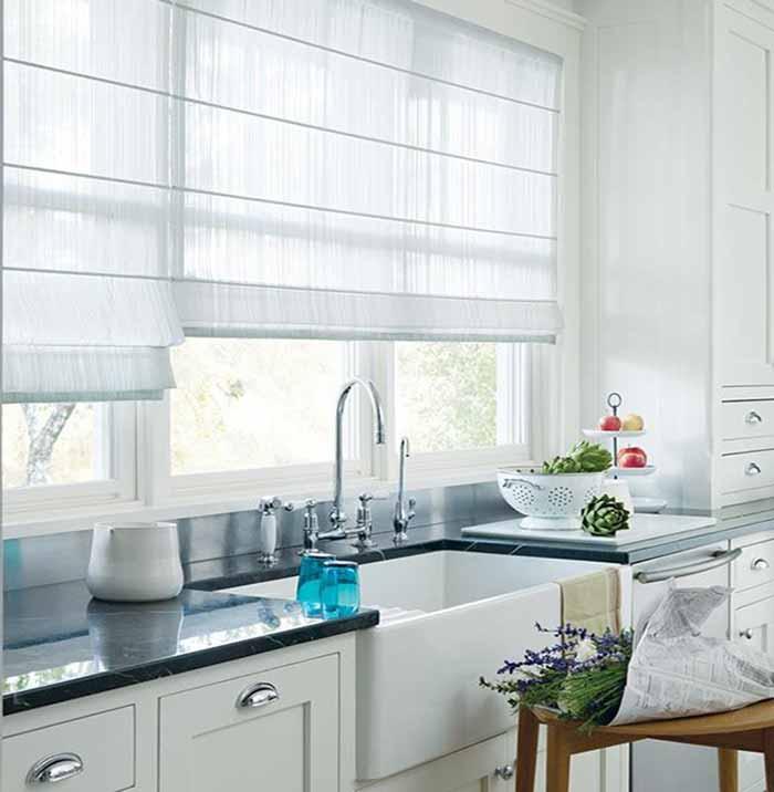 rèm roman cho nhà bếp màu trắng