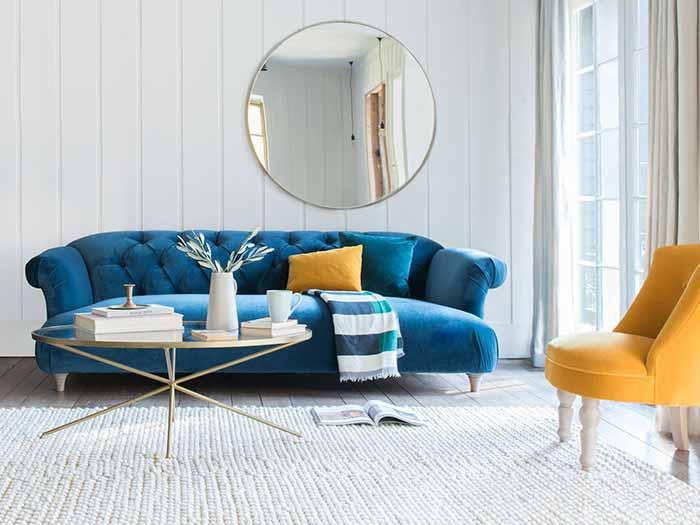 Thêm màu sắc vào phòng khách hiện đại