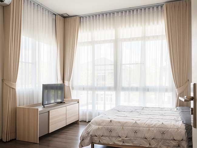rèm vải cửa sổ phòng ngủ chống sáng